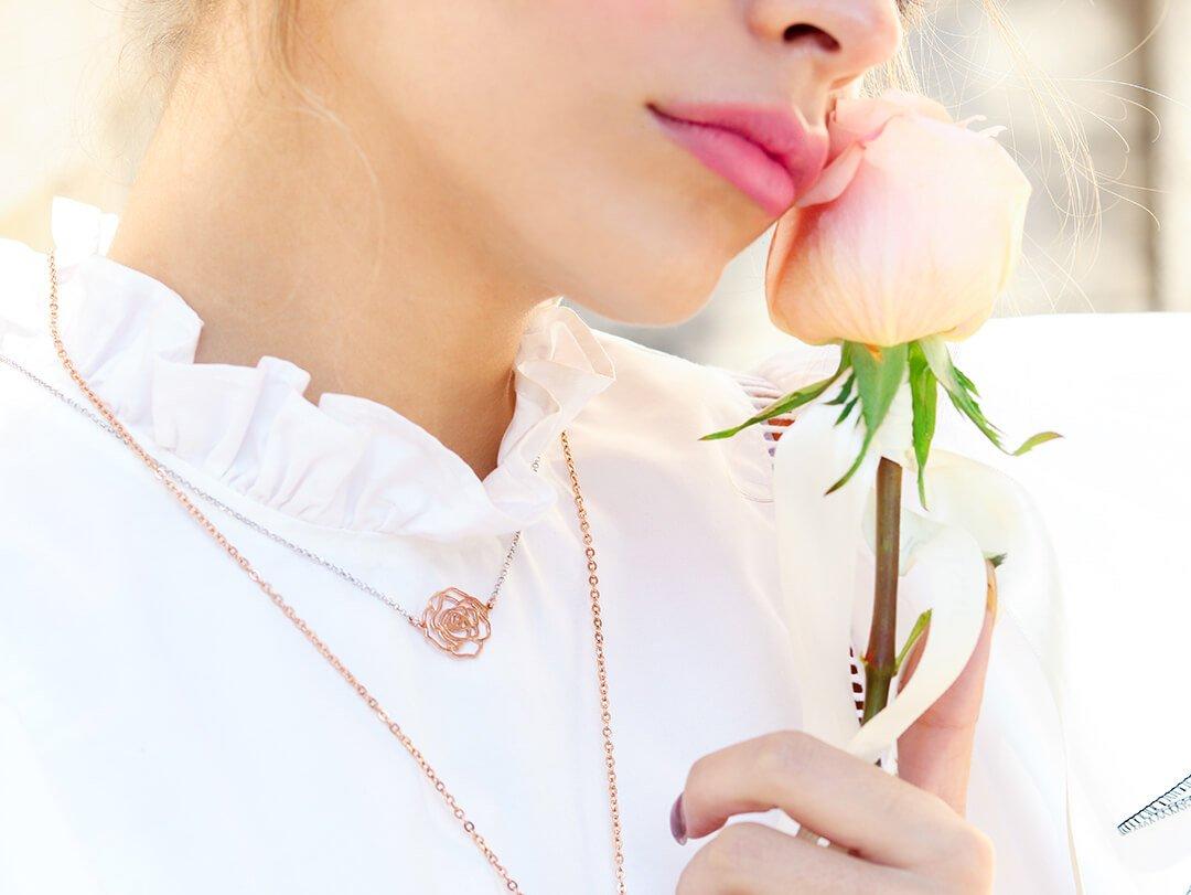 rose ogrlica lykke